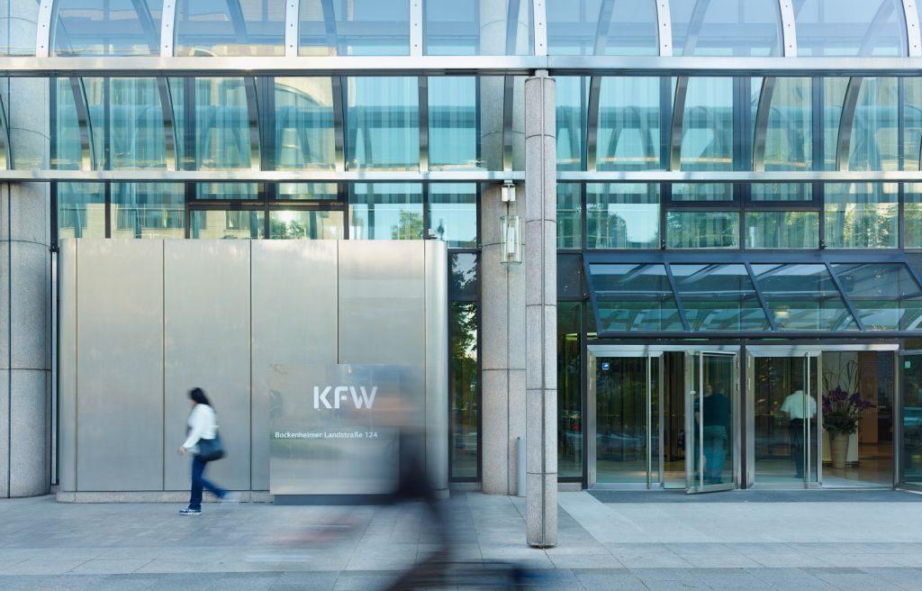 Eingang des KfW Gebäudes